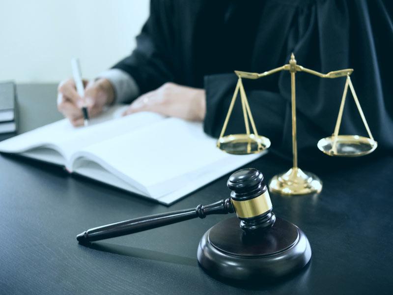 When Is It Necessary To Hire an Employment Law Attorney » Spirit HR